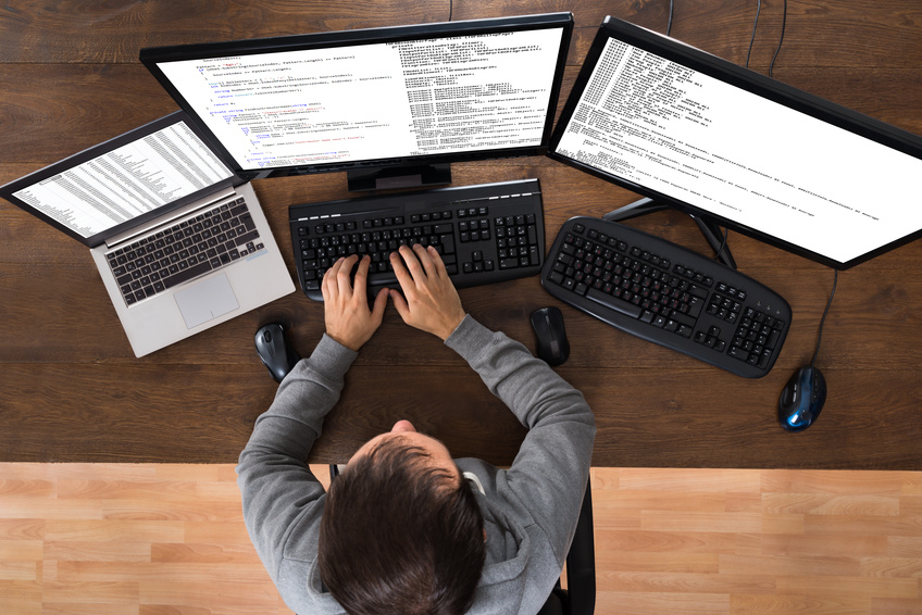 Mann am Computer