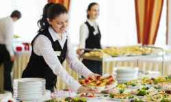 Fachkraft im Gastgewerbe