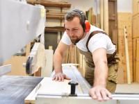 Holz (Ausbildung & Umschulung)