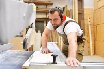 Arbeit & Leben - Modulare Fachkraftqualifizierung Holztechnik im Ausbau