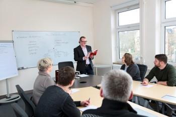Dozent im Bereich Pflege und Betreuung in Gotha