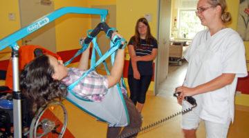 Aschersleber Kinder erkunden eine Seniorenresidenz 01