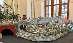 Nordhäuser Weihnachtsmarkt-Modeleisenbahn fährt jetzt digital