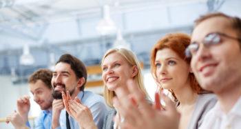 Weiterbildungsangebote für erfolgreiche Unternehmen und zufriedene Mitarbeiter*innen
