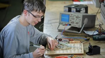 Umschulung zum/zur Industrieelektriker/in für Betriebstechnik
